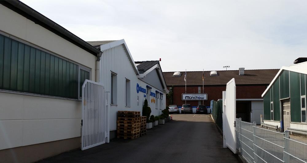 Unsere Büros und die Produktionshalle